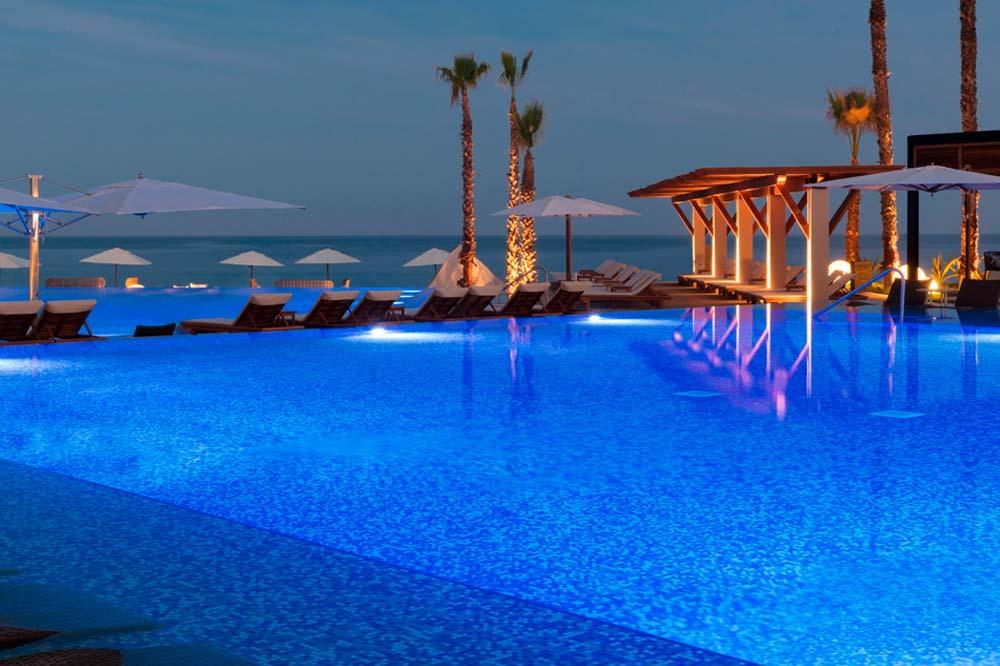 Krystal Club Cancun Beach Resort